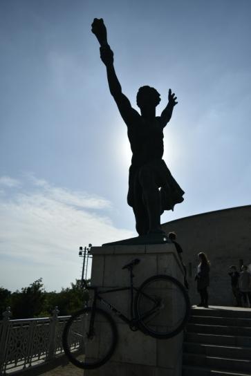 Statue @ The Citadella, Budapest