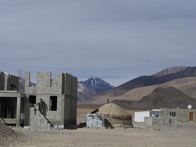 Building on the plain